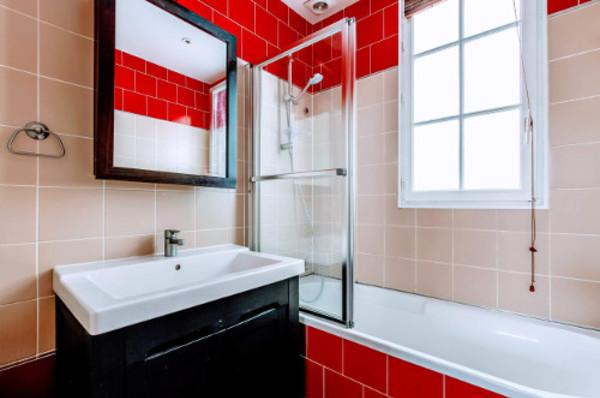 Cheap revtements muraux with refaire salle de bain camping car - Changer sa salle de bain ...