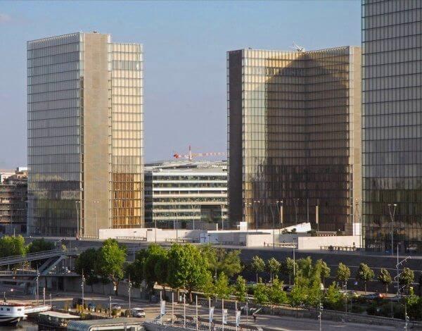 Architecture des années 90 - Bibliothèque Nationale de France