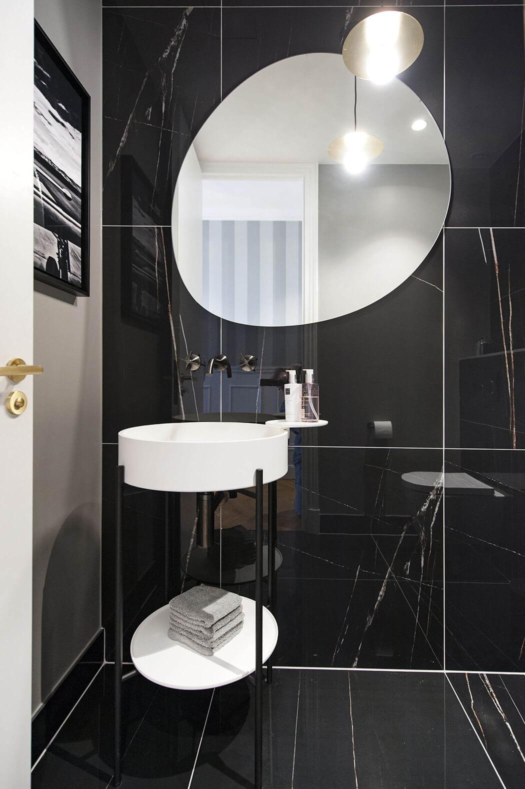 renovation haut de gamme de la salle de bain d'un appartement parisien