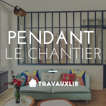 courtier en travaux pendant chantier