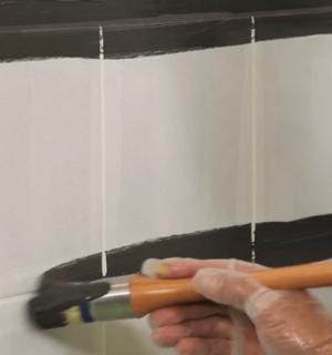Refaire Le Carrelage Mural Et Au Sol De Salle De Bain Peindre Une Goutte D  Eau