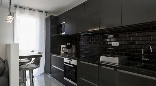 Rénovation appartement moderne cuisine ouverte