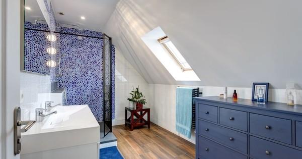 Salle de bain marine ou naturelle ?