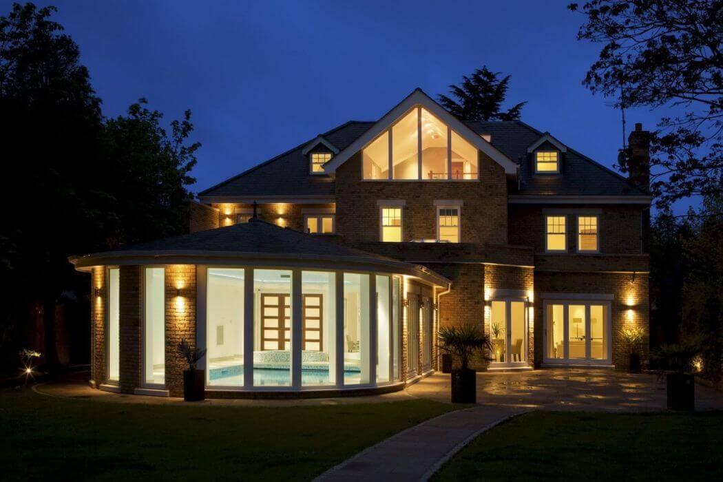 Courtier pour une construction de maison ou des travaux d'extension