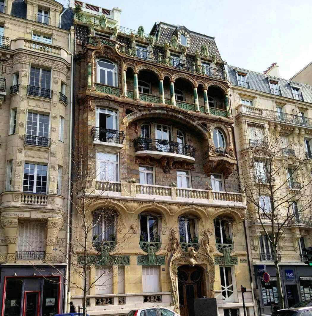 Immeuble de style Art Nouveau à Paris