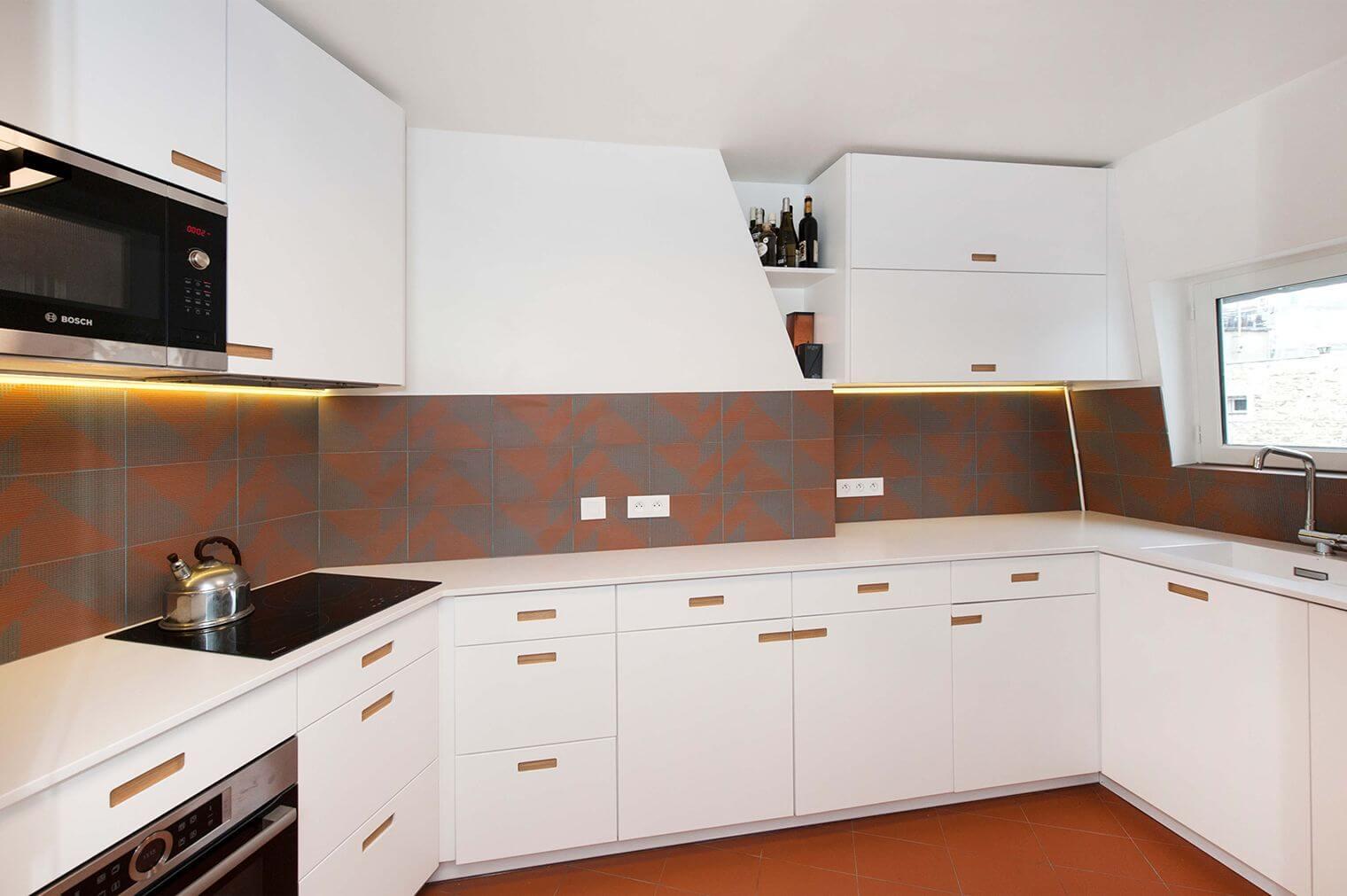Rénovation cuisine avec meubles sur-mesure