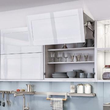 portes cuisine brillantes en acrylique