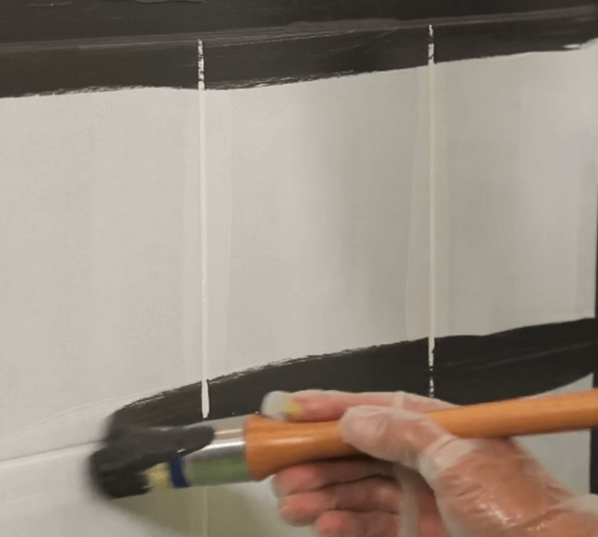 Peinture peindre sur carrelage salle de bain
